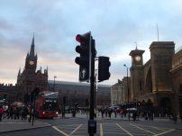 St. Pancras e King's Cross, que são de rail e underground